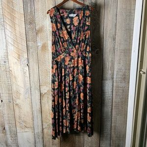 Vintage 80s Wrap Floral Rayon Summer / Fall Dress
